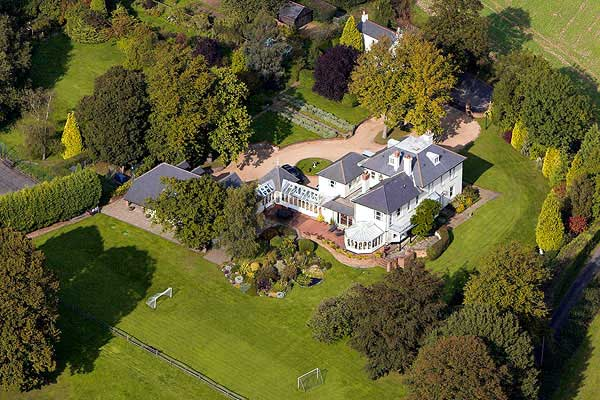 aerial photo of house in Kent